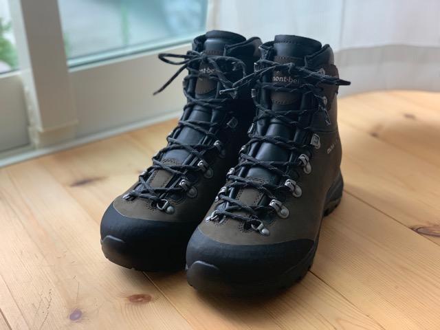 登山靴の靴紐交換